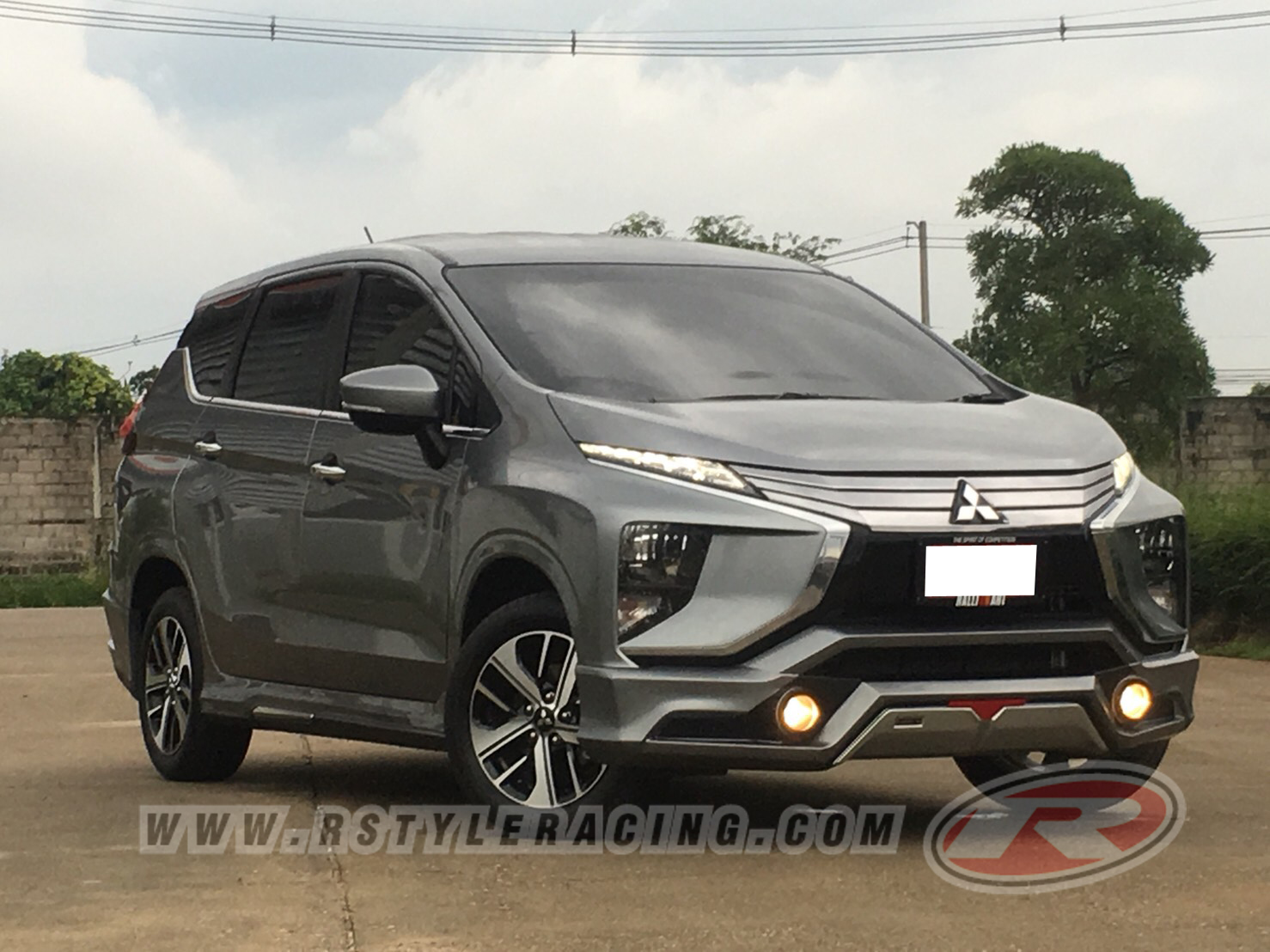 BODY  KIT  FOR MITSUBISHI XPANDER  SMART X STYLE WITH COLOR